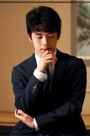 藤井聡太六段、高校へ進学!高校...
